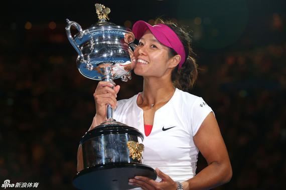 李娜2013年法网后想过退役 来年澳网夺冠