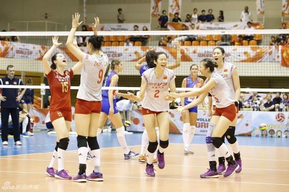 本届世界杯中国女排首战3-1力克塞尔维亚