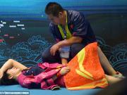 所向披靡的中国乒乓球队 你怎么会有一身的伤?