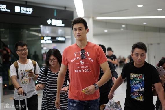 孙杨已经返回杭州