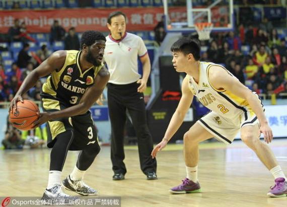 杰特已经连续效力山东男篮三个赛季