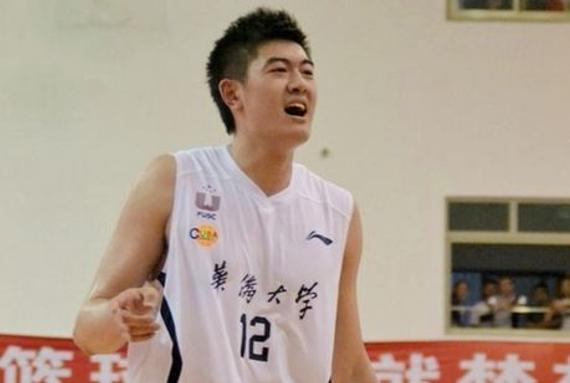 华侨大学的张翰奇将要出演微电影