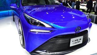 视频:和新浪汽车看进博会 看排放物是水的车