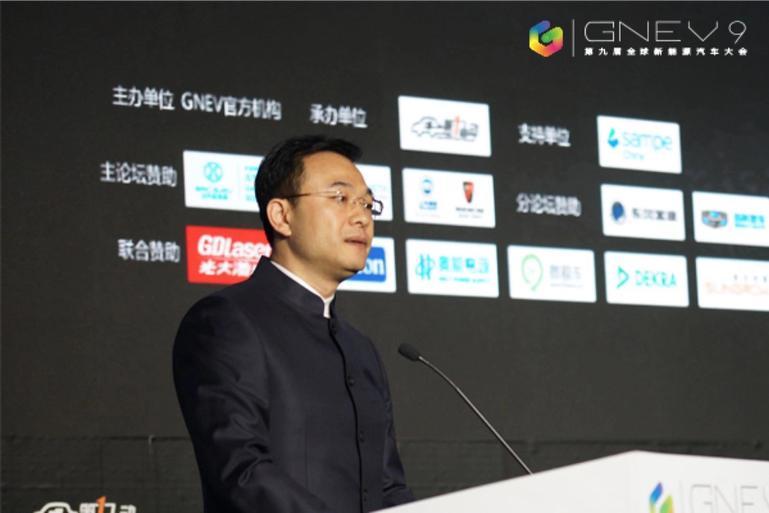 郑刚:中国新能源汽车市场一团迷雾正在升起