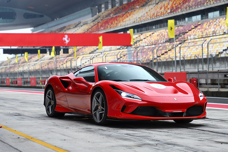 一切只为更快 赛道试驾法拉利F8 Tributo