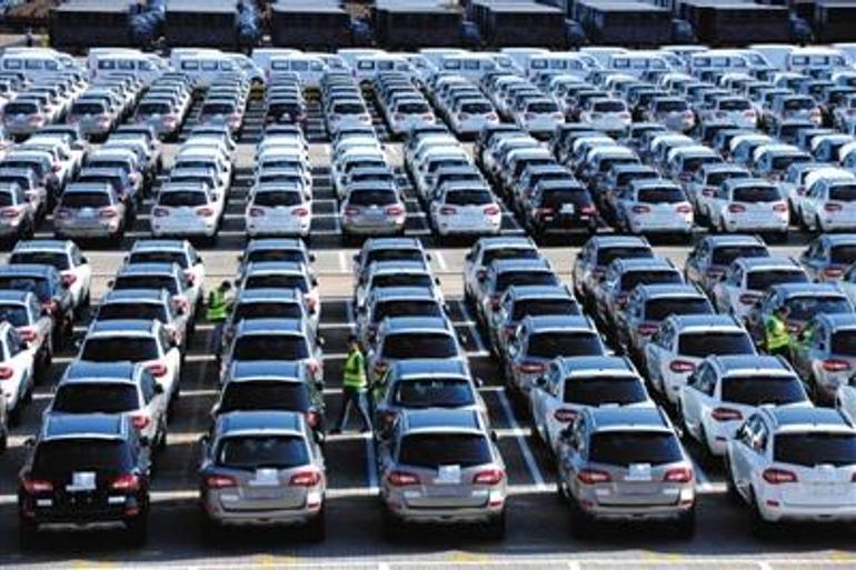中国汽车进口量上半年下滑22.1%