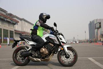 摩托车不比谁骑得快,真正的赢家是比谁骑的久!