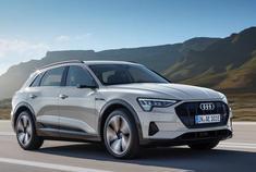 续航400km,半小时充满电,厉不厉害?灯厂奥迪的纯电动SUV奥迪e-tron量产版车型近日全球首发亮相,对于这款车有兴趣的朋友马上来看看吧。