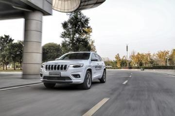 审时度势,顺势而为 试驾新款Jeep自由光