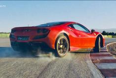 卓越性能的巅峰之作 法拉利跃马经典双座Berlinetta车型