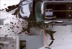 奥迪Q7宝马X5沃尔沃XC90 三车碰撞对比测试