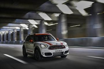MINI JCW两款新款车型官图 动力大幅提升