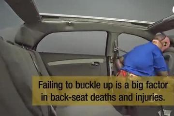碰撞测试 后排系安全带的重要性