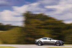 超霸气的跑车系列 阿斯顿·马丁 V8 Vantage