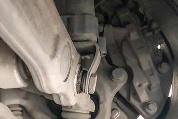 技术解读:奔驰为何召回减震器和轮胎