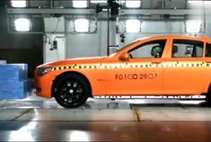 宝马7系碰撞测试 百万级豪车安全性如何?