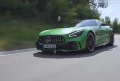 绿魔天使 2019款奔驰AMG GTR