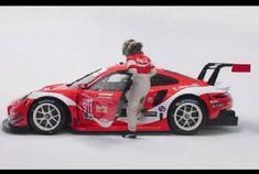 致敬经典涂装 保时捷911 RSR x 可口可乐涂装