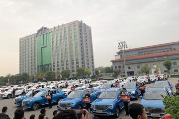 百城千店同时交车 荣威RX5 MAX驶入智能座舱时代