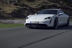 传承运动基因的纯电跑车 保时捷 Taycan Turbo S