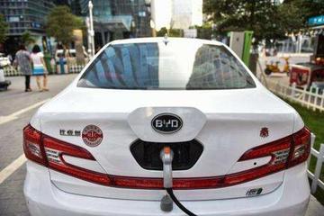 比亚迪等销量目标完成率不足五成 新能源车企如何过冬?