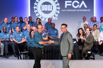 菲亞特克萊斯勒與美國工人聯合會達成臨時勞工協議
