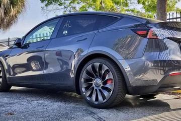 埃隆·马斯克:7座Model Y将于11月投产、12月初交付
