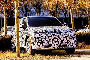 WEY品牌伪装新车曝光 或将成为下一爆款SUV