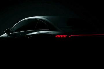奔驰EQE预告图曝光 拟在慕尼黑车展亮相