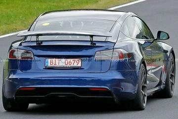 带有尾翼的Model S Plaid测试原型曝光 特斯拉或重启Plaid+开发