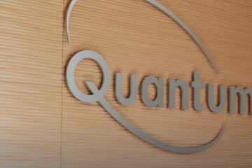 大众支持的QuantumScape启动10层固态电池测试
