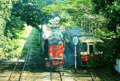 视频:[Going]坐缅甸二手火车吃咖喱