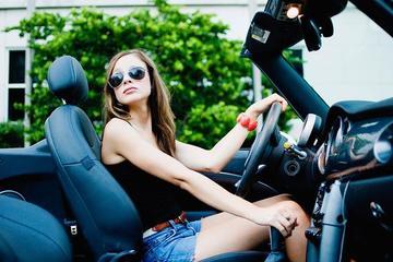 9种最令女人讨厌的男人驾驶行为