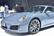视频:豪车超跑之保时捷911 Targa 4