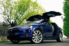 视频:[四万说车]之触电特斯拉Model X