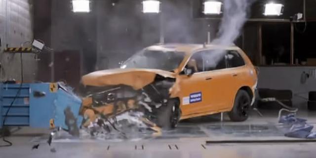 视频:不负最安全之名!沃尔沃碰撞测试