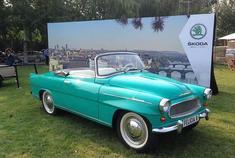 斯柯达Felicia车型的前身是斯柯达450,这款车型采用四冲程直列四缸发动机,动力可达50马力,这也是车型名称450的由来(4缸发动机、50马力)。1958年夏,斯柯达对这款车型做了很多改进。