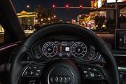 车内实时显示红绿灯 奥迪普及V2I技术