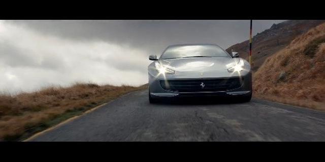 Kimi-莱科宁试驾法拉利GTC4 Lusso T