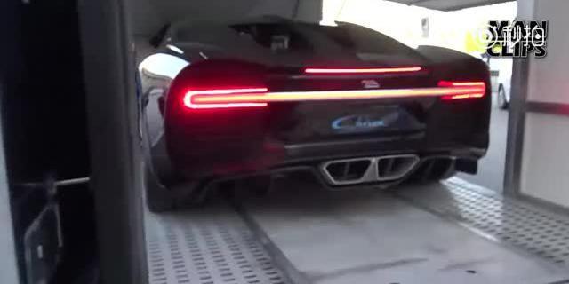 视频:布加迪Chiron,神龙咆哮!