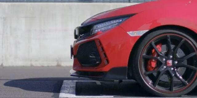 2017本田思域Type R红色和白色版本