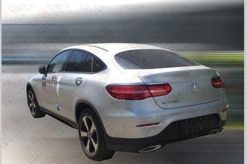 降低门槛 曝GLC 200轿跑SUV两驱版谍照