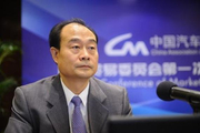 师建华:中国品牌要了解市场