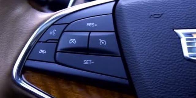 视频:凯迪拉克CT6虽没奔驰豪华,但是科技感美国车从来不缺