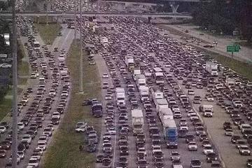 历史上最大的6次大堵车,才知道北京堵车不算什么