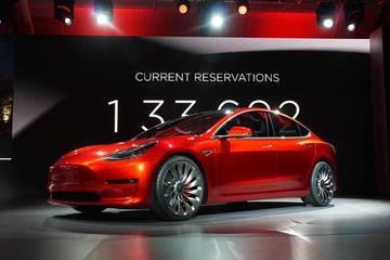 特斯拉Model 3四季度交付量预计减少一半