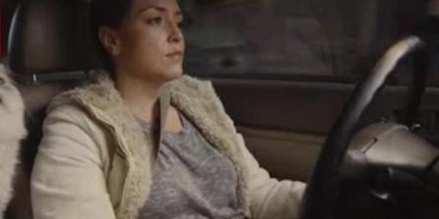 视频:女司机为了卖二手本田雅阁,也真是拼了!