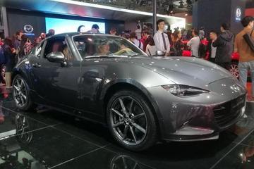 2017广州车展 马自达MX-5 RF售价33.9万元