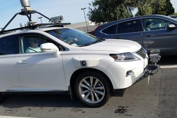 苹果自动驾驶测试车辆8月发生两起事故