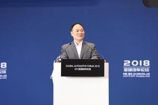 李书福:炒作炒不出竞争力 但固守传统亦难有前途